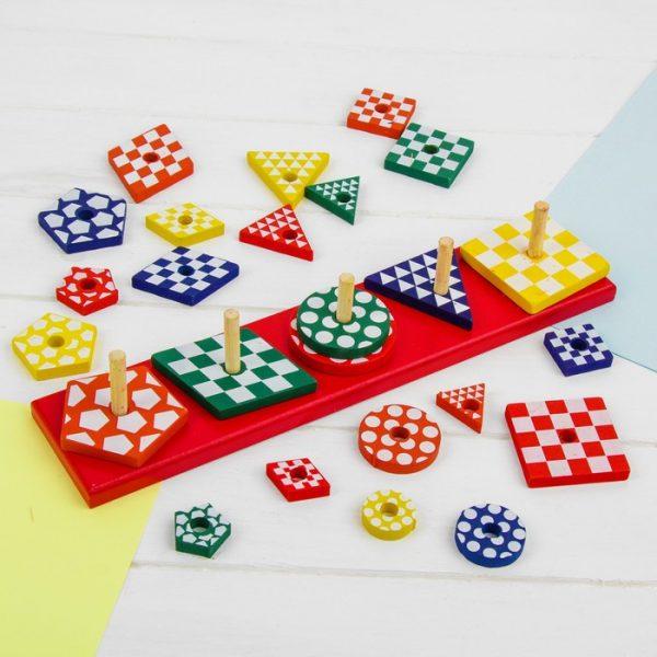 Пирамидка логическая «Разноцветные формы»